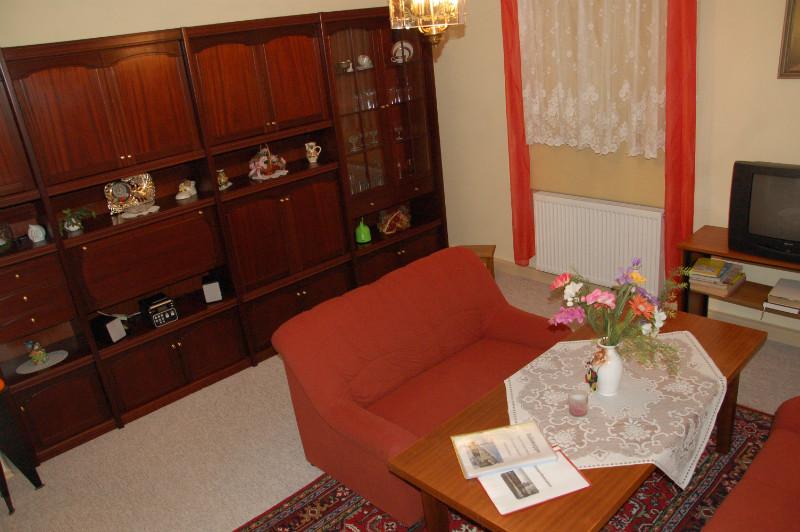 Ferienwohnung oben Wohnzimmer